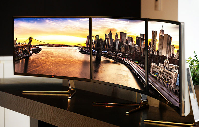 Curved-4K-Monitor